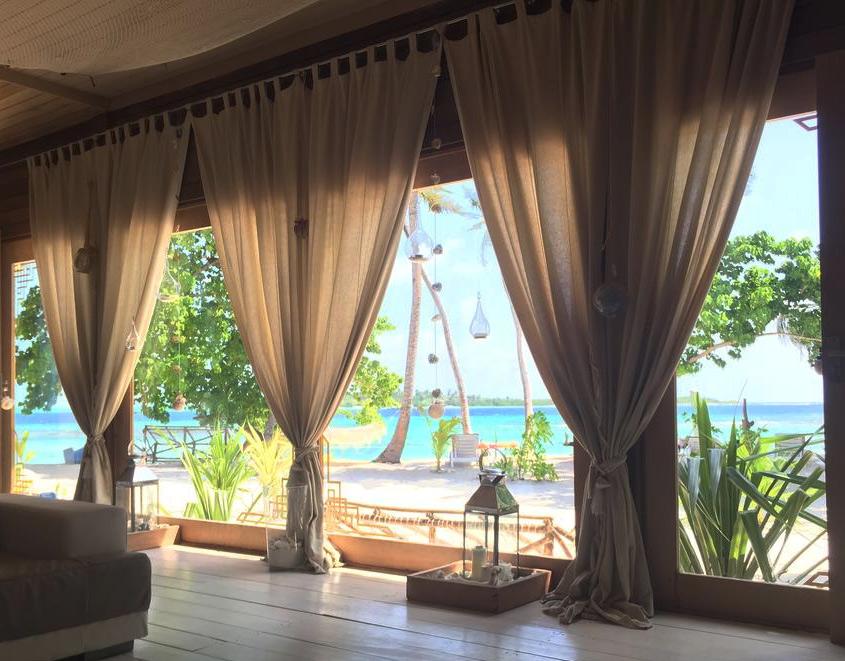 Вид из номера отеля Samura, Мальдивы. Без звезд. Частный пляж