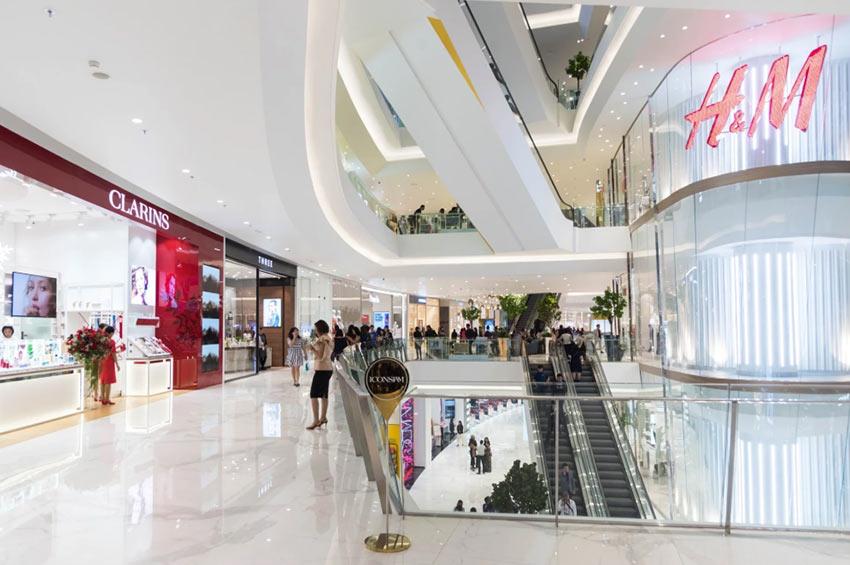Торговый центра IconSiam - лучшее место где купить брендовые вещи в Бангкоке
