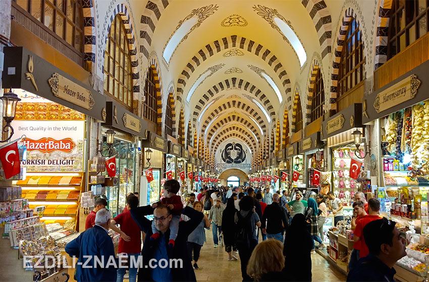 Гранд Базар в Стамбуле - бесконечный лабиринт из лавок и магазинов