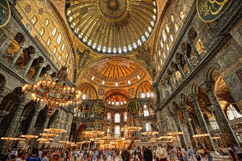 Внутри собора Святой Софии