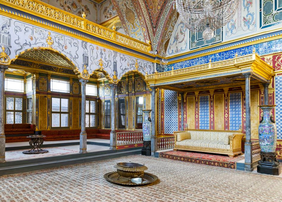 Достопримечательности Стамбула. На фото Покои Хюррем Роксоланы воДворце Топкапы
