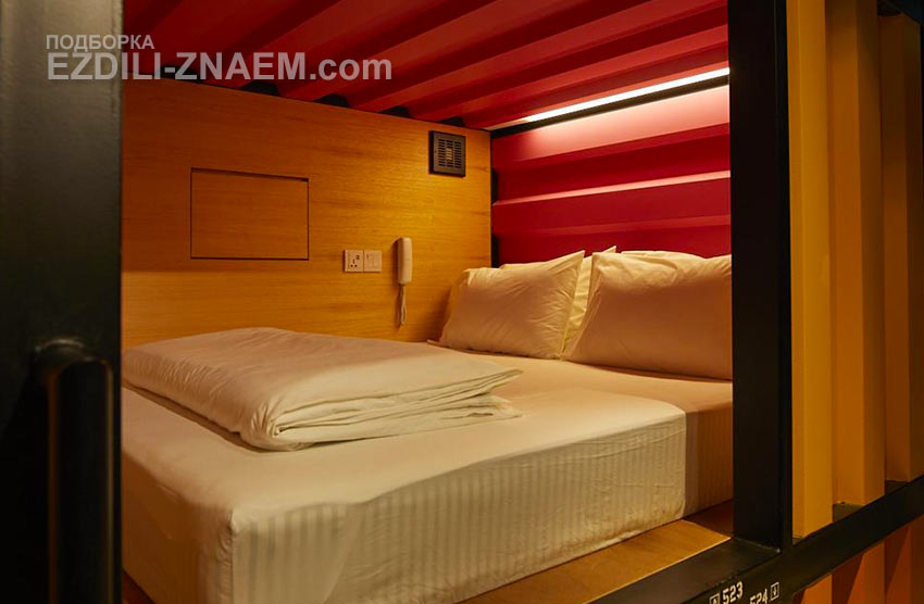 "комната в капсульном отеле ""Capsule Transit"" в аэропорту Куала Лумпур"