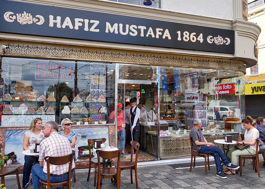 """Старая кондитерская """"Хафиз Мустафа"""" в Стамбуле"""