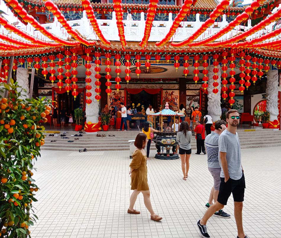 Гуляем по храму Тянь Хоу в Куала Лумпур