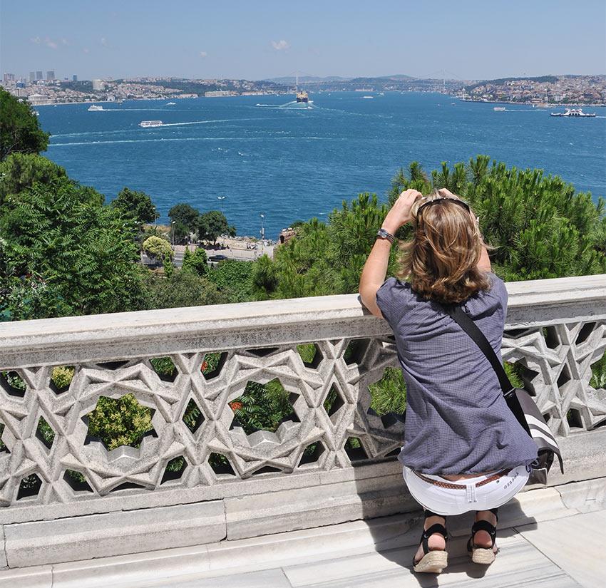 Вид на Босфор с площадки во Дворце Топкапы, Стамбул