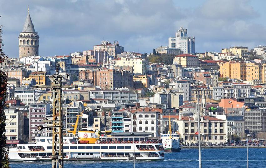 Где поселиться в Стамбуле? Лучшее решение - выбрать отель с видом на Босфор