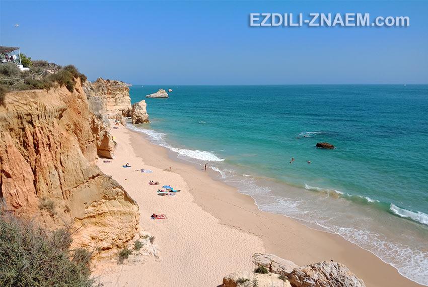 Отдых на океане в Португалии. Пляж в Портимао