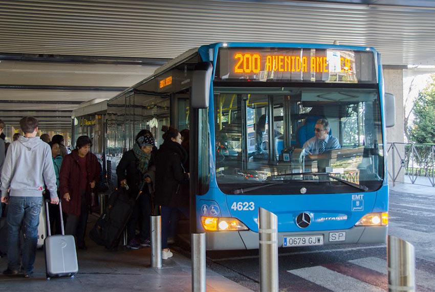 Автобус 200 из аэропорта Мадрида до Авенида де Америка