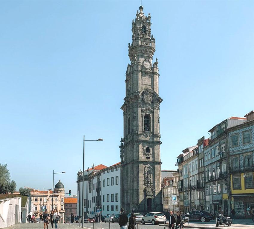 Башня Клерикуш (Clerigos) в Порту
