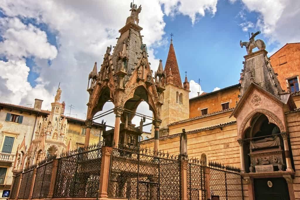 Гробницы семьи Скалигеров (Арки Скалигеров) в Вероне