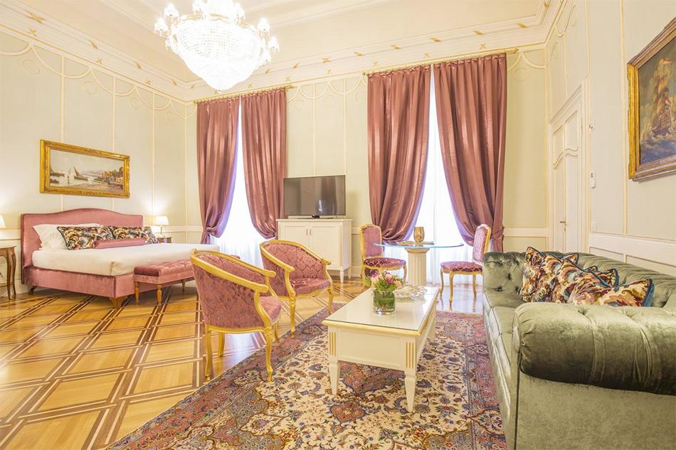 Номер в бутик-отеле Palazzo Monga
