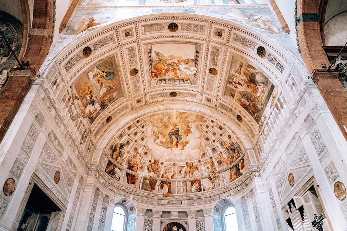 Главный алтарь в Кафедральном Соборе