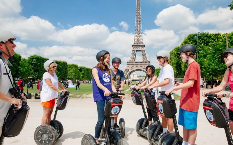 На сегвеях по Парижу