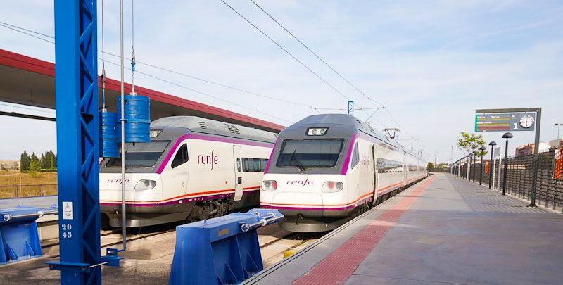 На вокзале Толедо: поезда из Мадрида