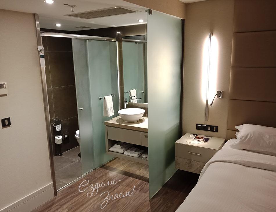Стандартная комната отеля AC Hotel Istanbul Macka, сеть Марриотт
