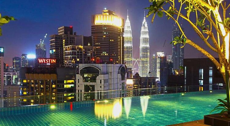 7 отелей Куала Лумпур с отличными бассейнами на крыше