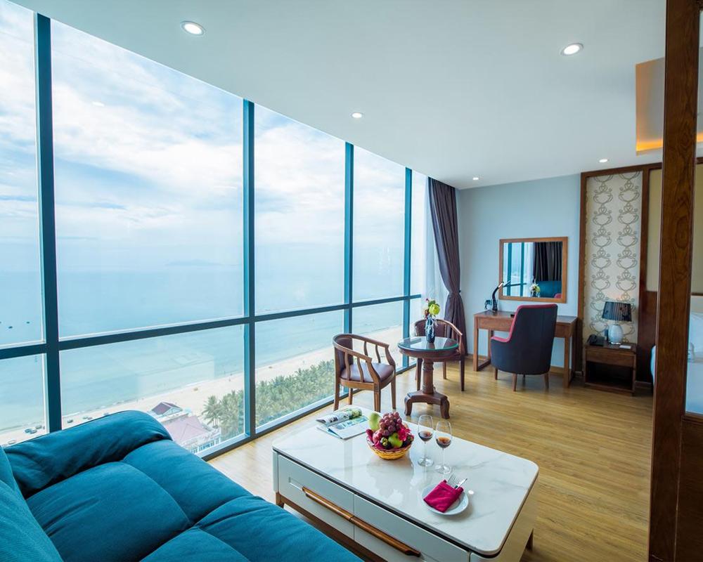 Le Hoang Beach - отель с видом на море в Дананге