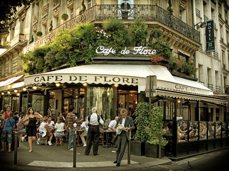 "Онлайн экскурсия по Парижу: кафе ""de Flore"""