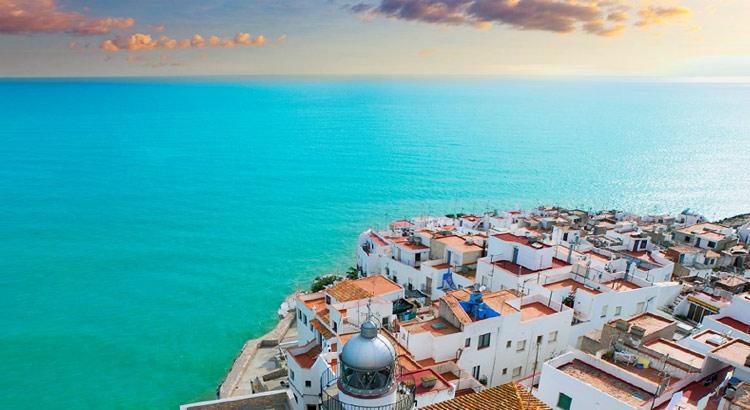 Пеньискола - город в Испании, где лучше отдохнуть на море