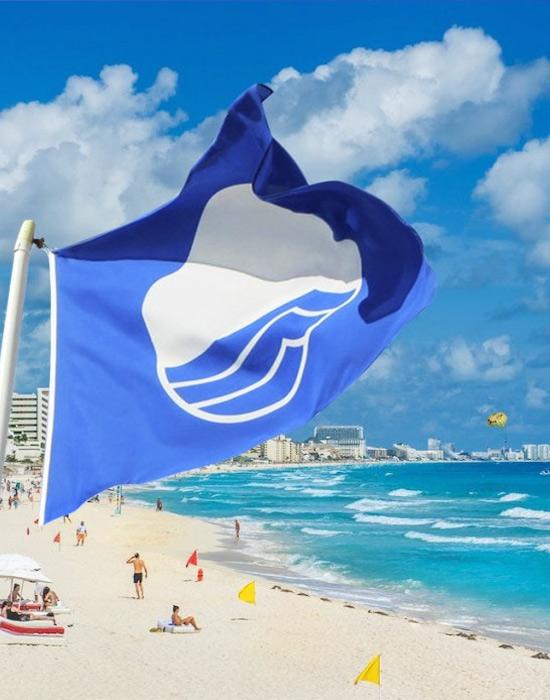 Голубой флаг на пляже. Список и карта пляжей с Голубым флагом в 2020 году