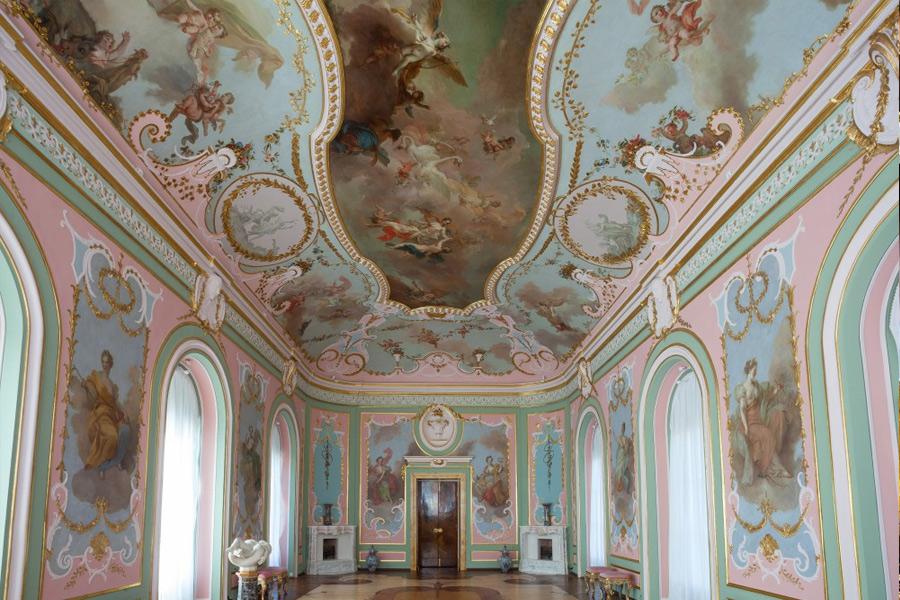 Зал Муз в Китайском дворце
