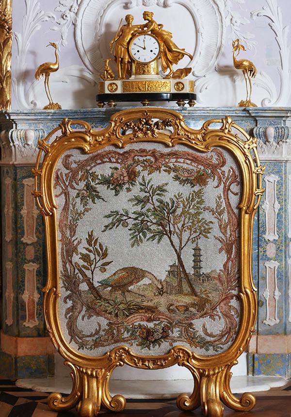Стеклярусный кабинет в Китайском дворце. Отделка и декор