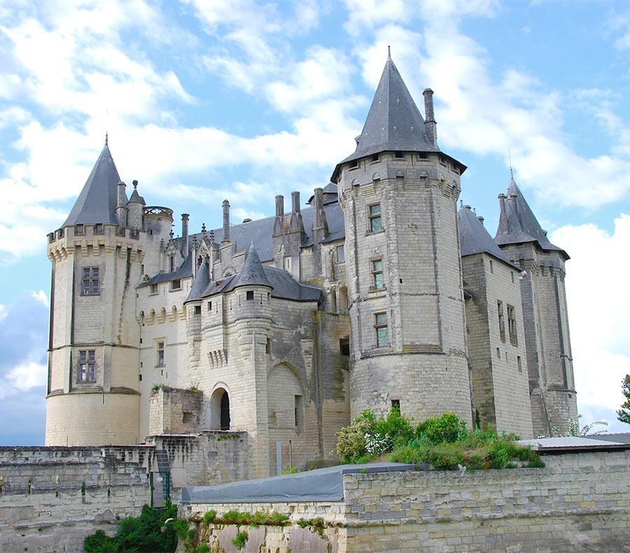 Старинный замок Сомюр, Франция