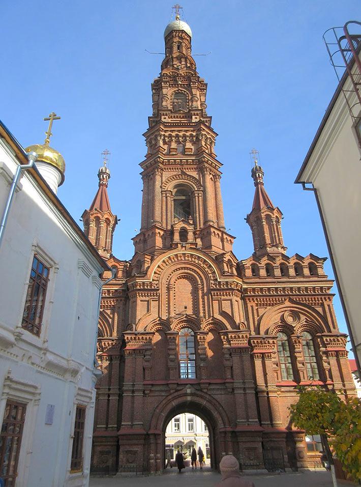 Колокольня Богоявленского собора в Казани