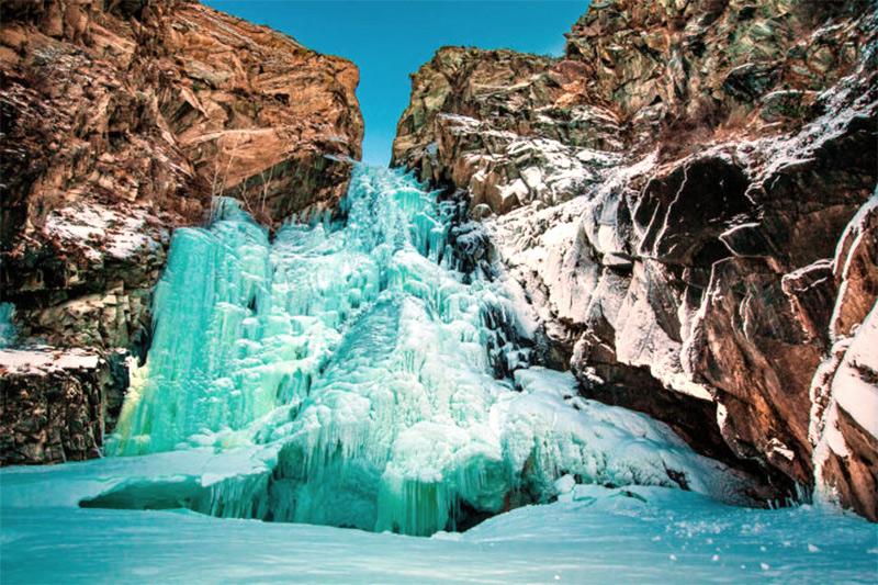 Водопад Куркуре зимой