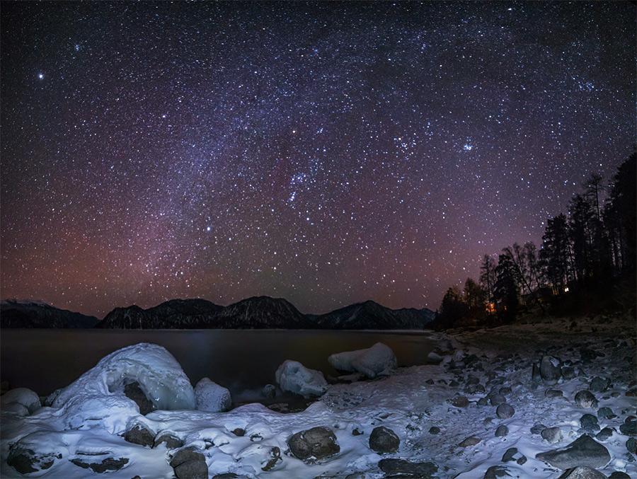 Ночное небо в Горном Алтае. Яйлю
