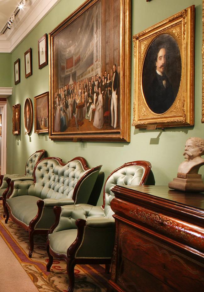 Мебель эпохи романтизма