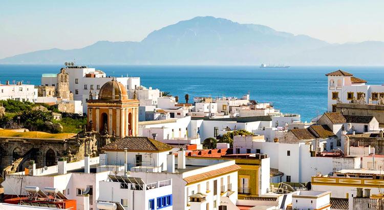 Тарифа - нетуристический городок на самом краю Испании