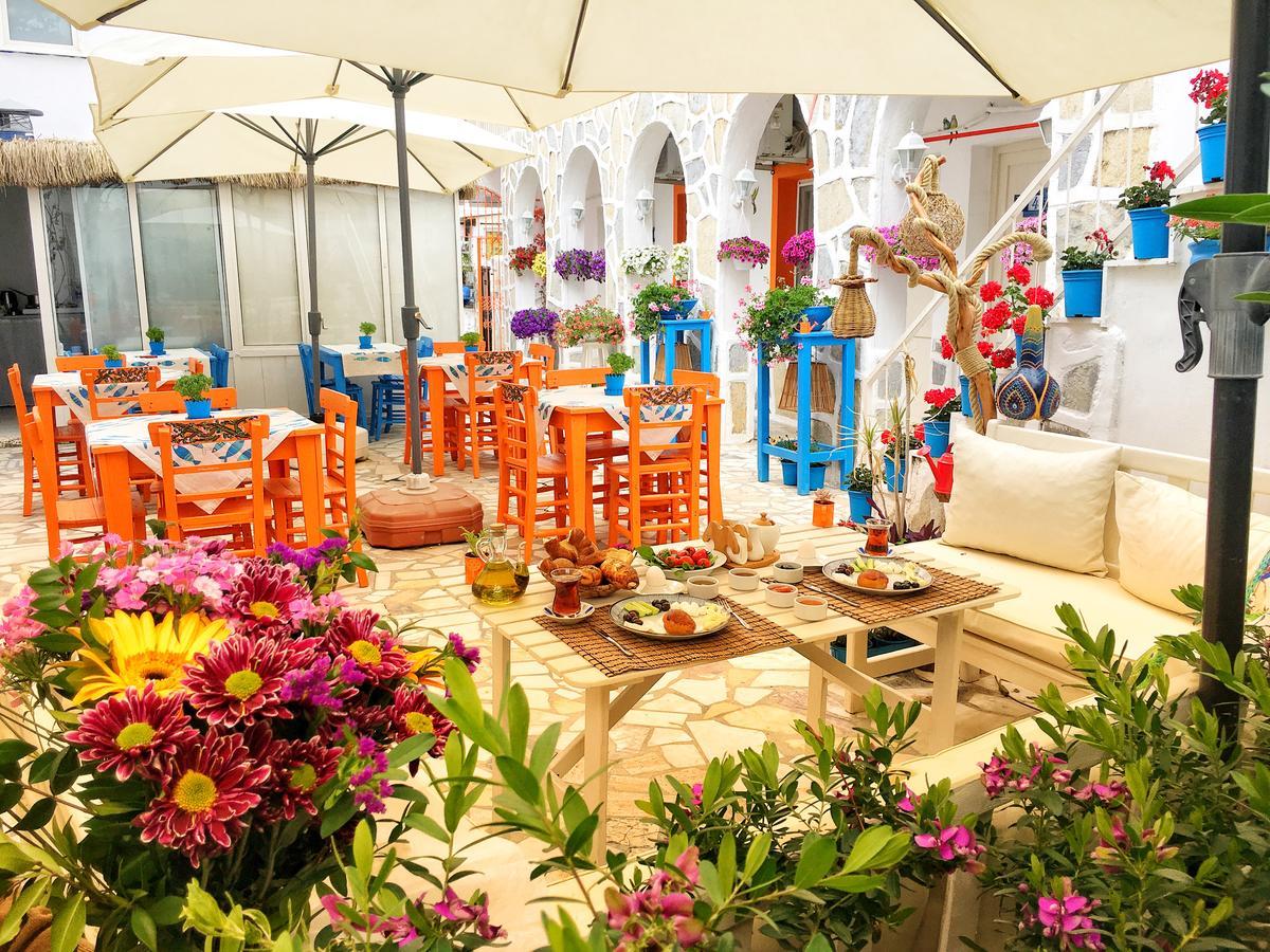 Bodrum Sade Pension - недорогой отель в центре Бодрума