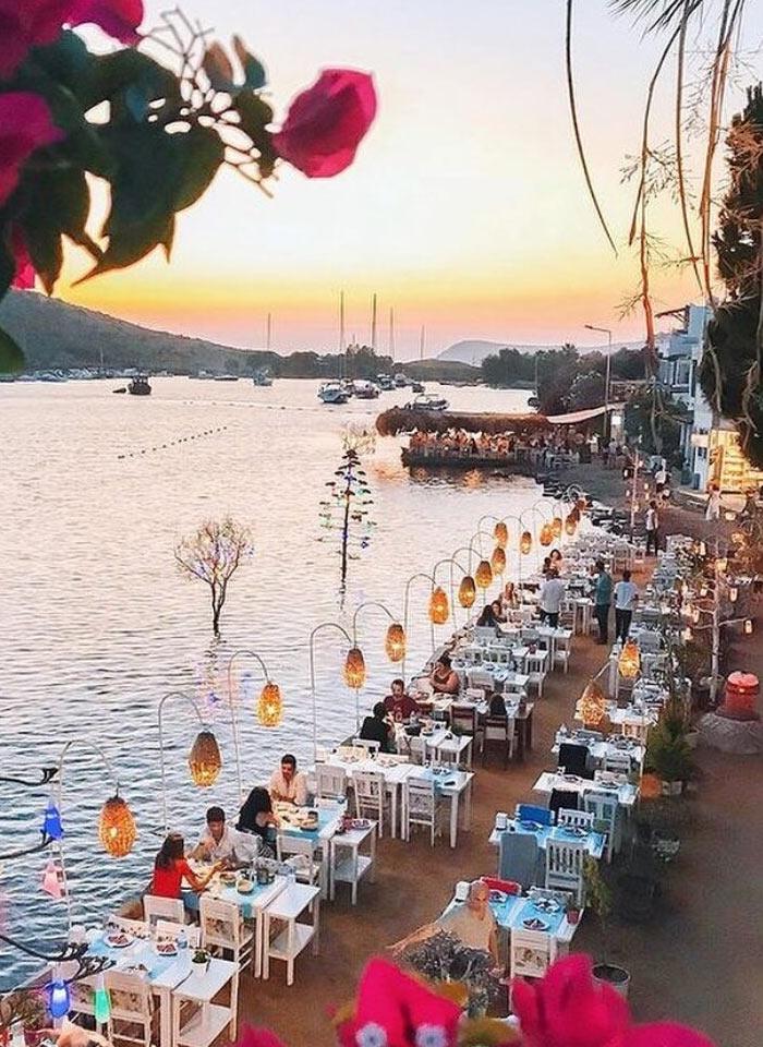 Прибрежный ресторан в Бодруме