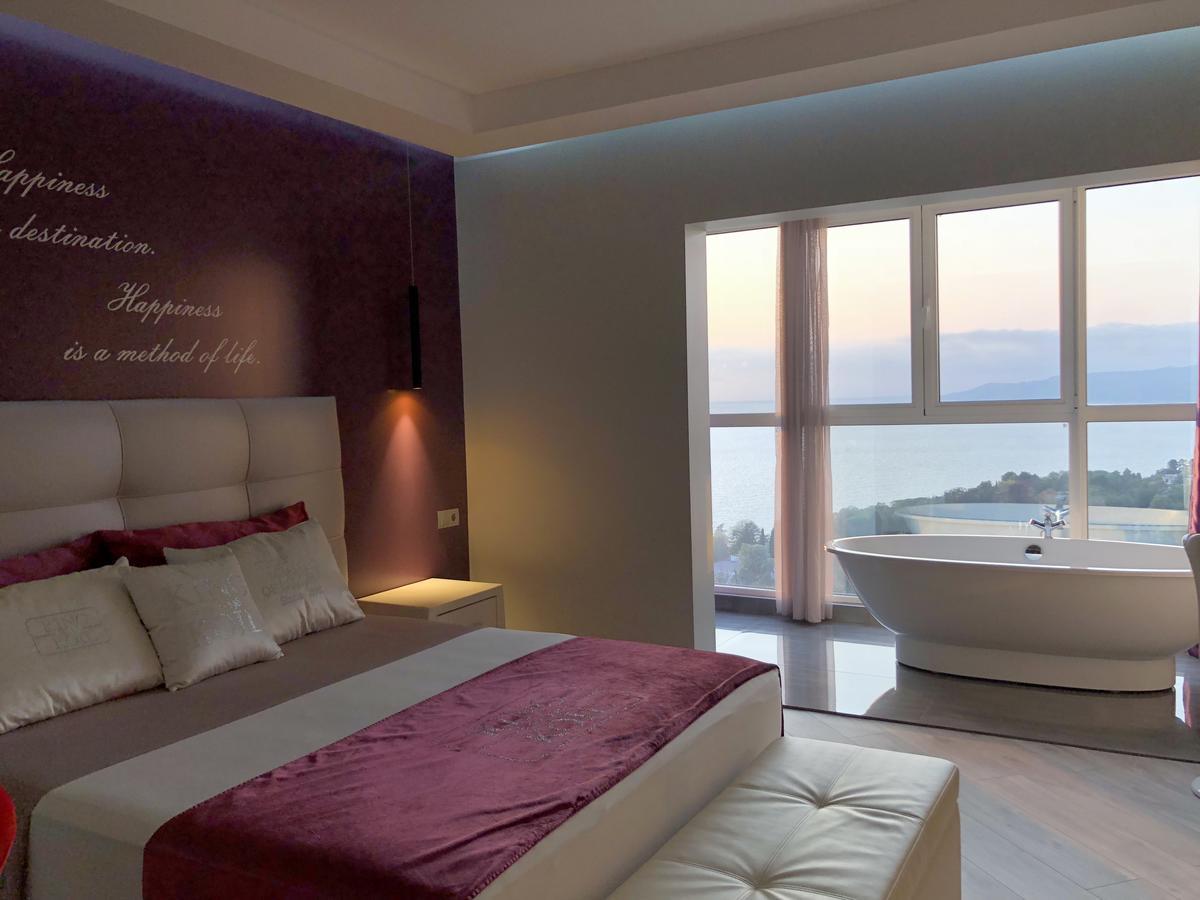 Апартаменты в Сочи с видом на море
