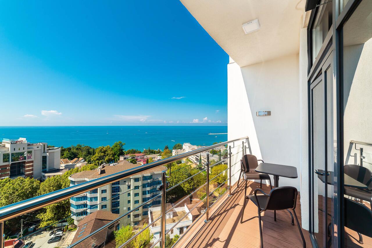 Апартаменты с видом на море, Сочи