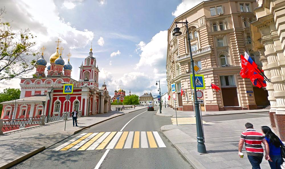 Старинная улица Варварка